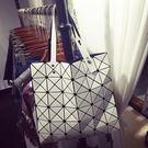 日本鐳射包女包幾何菱格手提包單肩包時尚折疊女士包包潮  優家小鋪