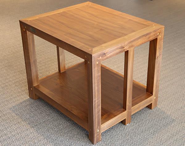義大利精品 Homely Design 胡桃原木材質,純手工製造 HW-02N 雙層音響架