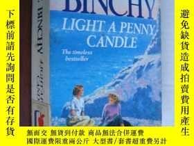 二手書博民逛書店Light罕見a Penny Candle【點燃一支小蠟燭,梅芙