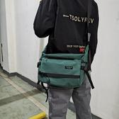 男士工裝斜挎包防水尼龍布單肩包學生休閒書包大容量包潮 酷男精品館