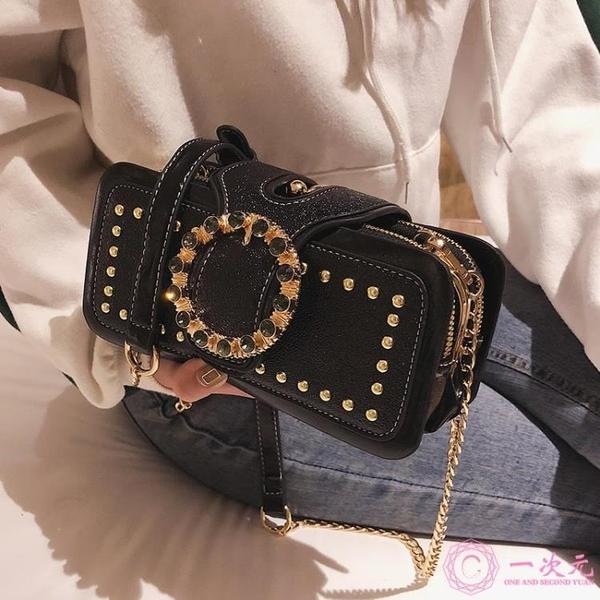 側背包 高級感包包女2020新款時尚鉚釘小方包chic鏈條百搭洋氣單肩斜挎包