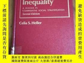 二手書博民逛書店Structured罕見Social Inequality: A
