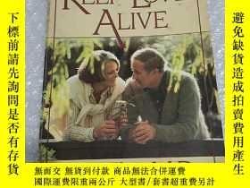 二手書博民逛書店HOW罕見TO KEEP LOVE ALIVEY1466