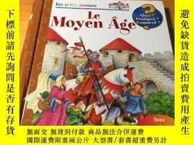 二手書博民逛書店Les罕見ptits juniors Le Moyen Age(