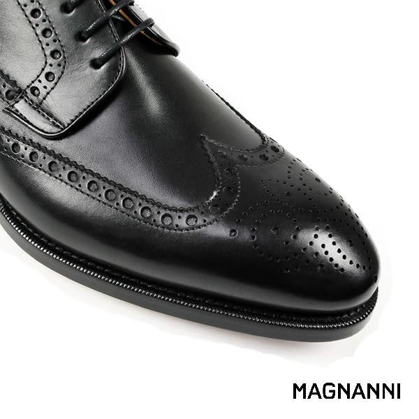 【MAGNANNI】經典翼紋德比紳士皮鞋 黑色(15884-BL)