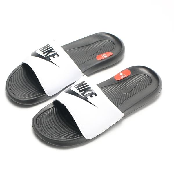 NIKE 拖鞋 VICTORI ONE SLIDE 白 黑 軟Q 運動 休閒 男 (布魯克林) CN9675-005