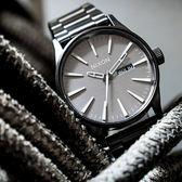 NIXON THE SENTRY 美式休閒潮流鋼帶錶/鋼灰 A356-2090 熱賣中!