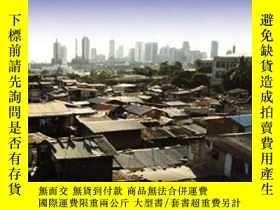 二手書博民逛書店Economic罕見Development And The Division Of LaborY255562