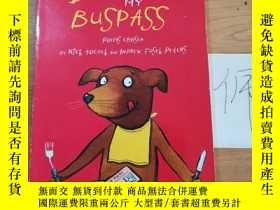 二手書博民逛書店The罕見dog ate my buspassY246207