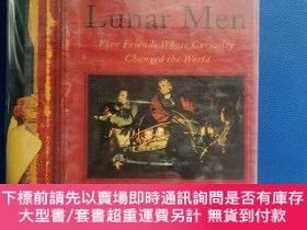 二手書博民逛書店Lunar罕見Men (Five Friends Whose CURIOSITY CHANGED THE WORL