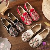 民族風女鞋 平底古風刺繡布鞋 一腳蹬鞋休閒復古繡花單鞋女‧衣雅