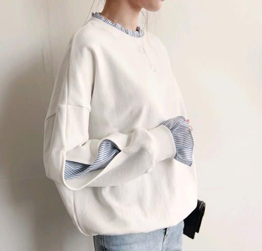 EASON SHOP(GU4792)木耳花邊領假兩件長袖T恤大學T女上衣服素色秋冬韓版寬鬆泡泡袖條紋拼接圓領棉T