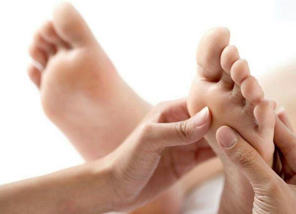 【艾莉娜藝術指甲】限時優惠''足部spa賦活柔嫩深層滋潤保養