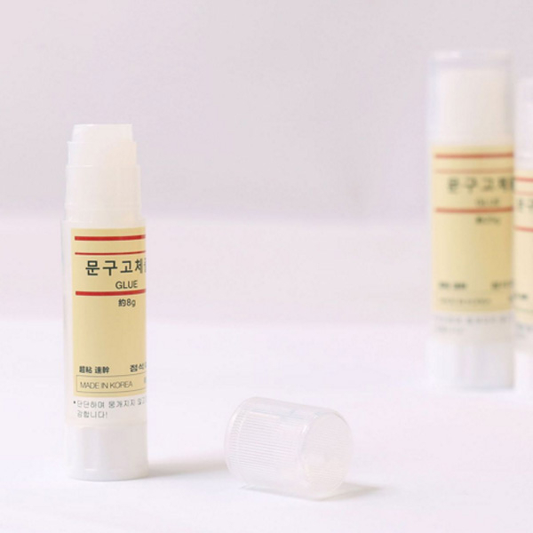 【BlueCat】Glue簡約風格透明無毒口紅膠 (8g)