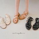 MIUSTAR 方便好穿!彈性後拉帶交叉皮質涼鞋(共3色,36-40)【NJ1188ZP】預購
