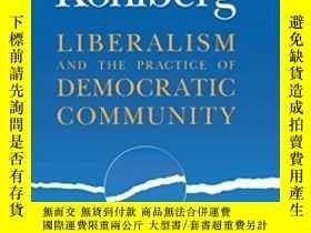 二手書博民逛書店Following罕見Kohlberg: Liberalism