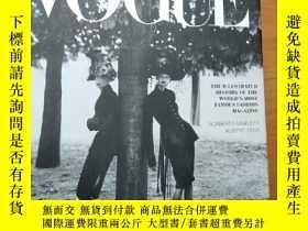 二手書博民逛書店In罕見Vogue: the Illustrated Histo