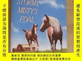 二手書博民逛書店Stormy,罕見Misty s Foal by Marguer