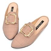 穆勒鞋 優雅金飾紐結方扣尖頭低跟拖鞋-粉