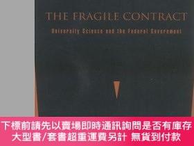 二手書博民逛書店The罕見Fragile ContractY255174 Guston, David H.  Keniston
