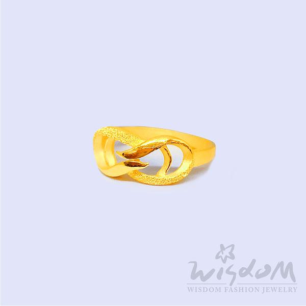 威世登 黃金流線型戒 金重約0.94~0.96錢,GA02456-FXX-FIX
