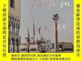二手書博民逛書店A罕見Table in Venice: Recipes from My Home: A CookbookY19