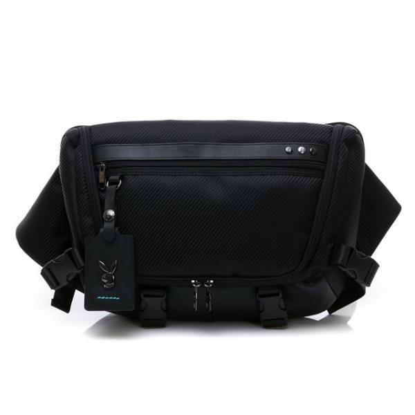 【南紡購物中心】PLAYBOY 單肩背包 BATMAN系列(黑色)