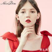 耳環 星火紅色星星耳環女氣質韓國個性百搭耳釘潮顯臉瘦的耳墜 nm16468【野之旅】