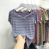 條紋v領打底衫2020夏季韓版針織小心機T恤女短袖修身顯瘦彩條上衣 果果輕時尚