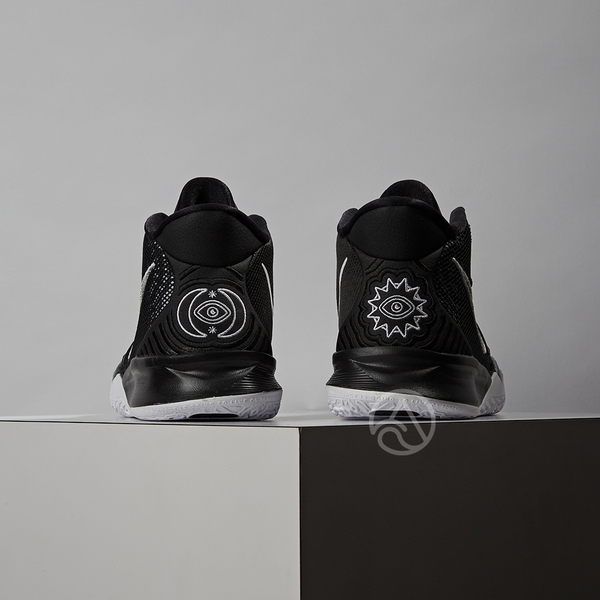Nike Kyrie Irving 7 (GS) 女大童 黑 白 歐文 運動 籃球 童鞋 CT4080-002