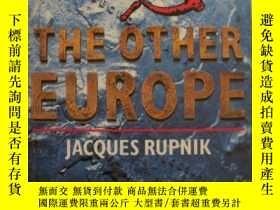 二手書博民逛書店英語原版罕見The other Europe by Jacque