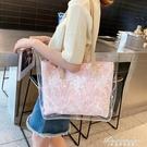 包包女新款韓版潮大容量透明果凍托特包ins新款手提側背大包 黛尼時尚精品
