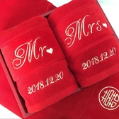 吸貓結婚用紅毛巾