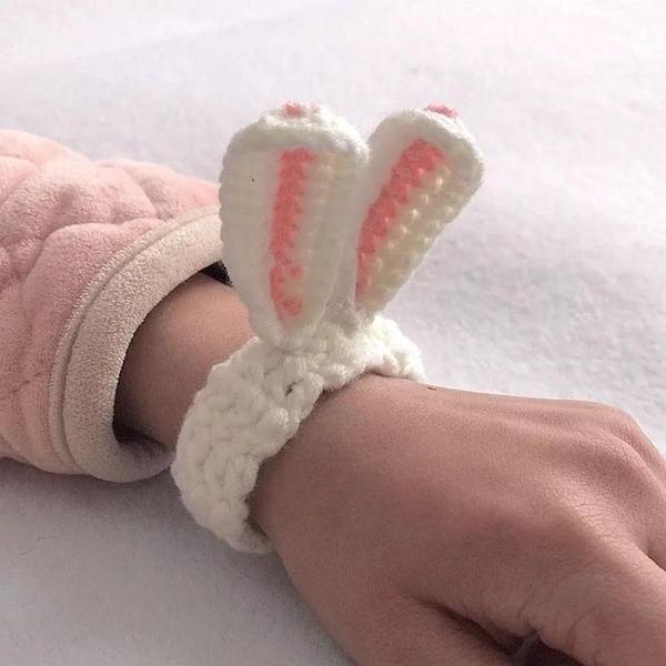 手錬 網紅成品小熊手環毛線手工編織兔子耳朵蘿卜手錬情侶創意禮品 韓國時尚週