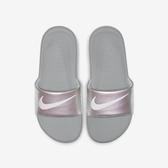 Nike KAWA SLIDE PRINT (GS/PS) [819352-007] 中童 拖鞋 涼鞋 雨天 海邊 灰銀