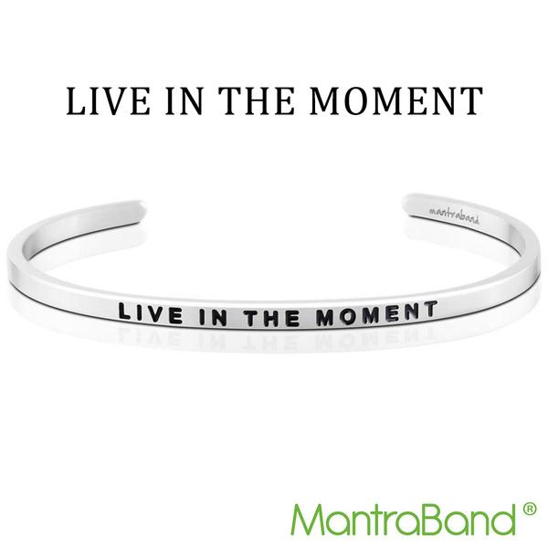 Mantraband | LIVE IN THE MOMENT 活在當下 - 悄悄話銀色手環 台灣官方總代理