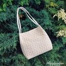 韓版新款時尚少女蕾絲側背包編織水桶包小清新百搭草編小包包 黛尼時尚精品