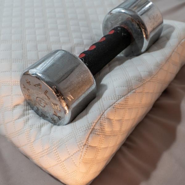 太空記憶棉安定枕 59cmX36.5cmX11cm 【布套可拆洗、支撐性佳、人體工學曲線】台灣製 枕頭