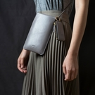 Alto 皮革輕便手機隨身包 – 礫石灰 (可加購客製雷雕) 保護套 護照夾 手拿包 手機小包