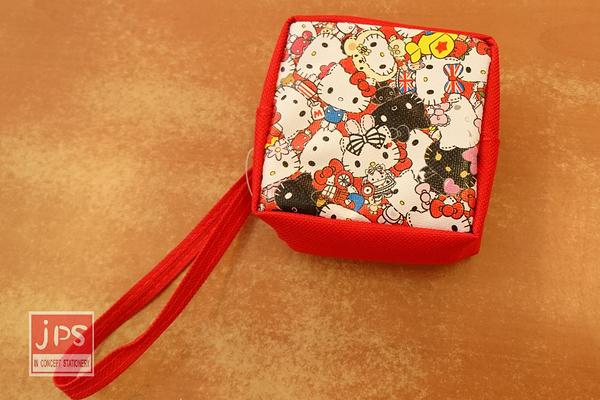 Hello Kitty 凱蒂貓 45週年 隨身方型零錢包 收納包 滿版 紅 KRT-265383