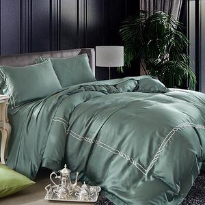 【貝兒】60支100%天絲四件式素色兩用被床包組 裸睡古典刺繡系列 森原綠(加大雙人)