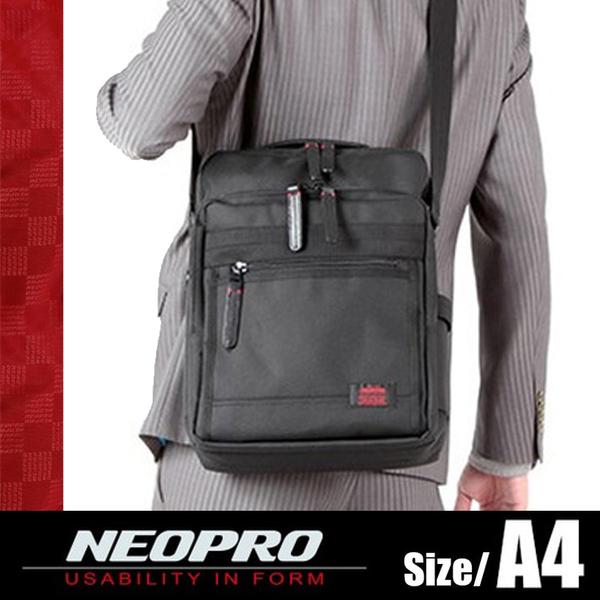 現貨配送【NEOPRO】日本機能包 平板電腦包 斜背包 A4側背包 IPAD包 可手提 男女推薦款【2-024】