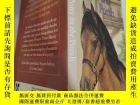 二手書博民逛書店pony罕見in the porch 門廊裏的小馬 .Y200392