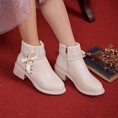 靴子 小香風交叉蝴蝶結粗跟短靴-Ruby s 露比午茶
