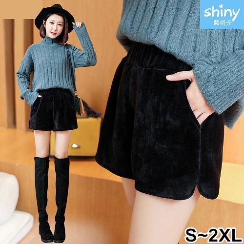 【V2263】shiny藍格子-冬氛恬俏.鬆緊腰金絲絨闊腿寬口短褲