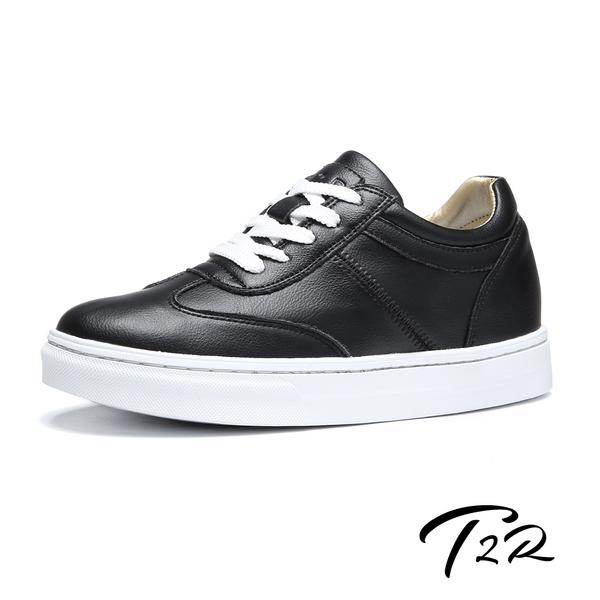 【韓國T2R】韓國空運-全真皮-隱形內增高7公分舒適綁帶休閒鞋-黑白(5985-1928)