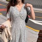 洋裝 韓系度假風法式綁帶收腰寬鬆碎花連身長裙 花漾小姐【預購】