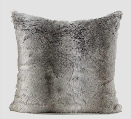 [協貿國際]簡約現代設計師樣板房沙發床頭靠包抱枕/漸變灰色毛絨方枕