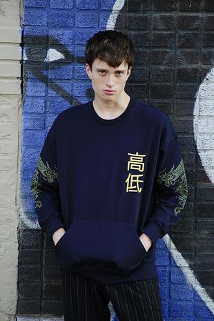 【GOZER Taiwan】EMBROIDERY DRAGON CREW 純棉高低字龍長袖T恤 (藍色/黑色) 現貨