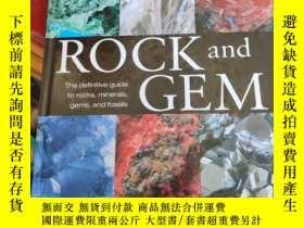 二手書博民逛書店ROCK罕見AND GEMY5046 Smithsonian Smithsonian 出版2008